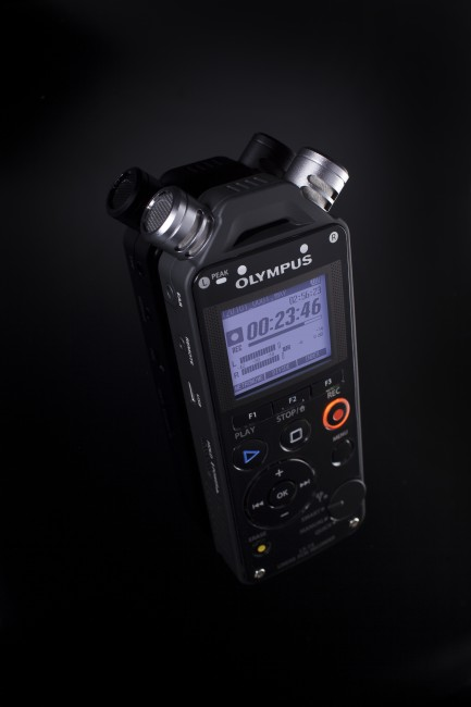 Olympus LS-14 PCM Live Performance Recorder-235